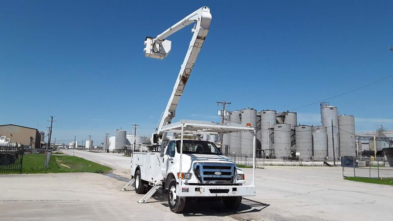 2008 Ford FORD F750 CUMMINS DIESEL 60FT BUCKET TRUCK XL F75O BUCKET TRUCK 60FT ALTEC  city TX  North Texas Equipment  in Fort Worth, TX