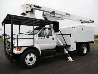 2008 Ford  F750 CHIPPER DUMP BUCKET BOOM TRUCK 50K MI NO CDL Lake In The Hills, IL