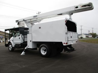 2008 Ford  F750 CHIPPER DUMP BUCKET BOOM TRUCK 50K MI NO CDL Lake In The Hills, IL 3