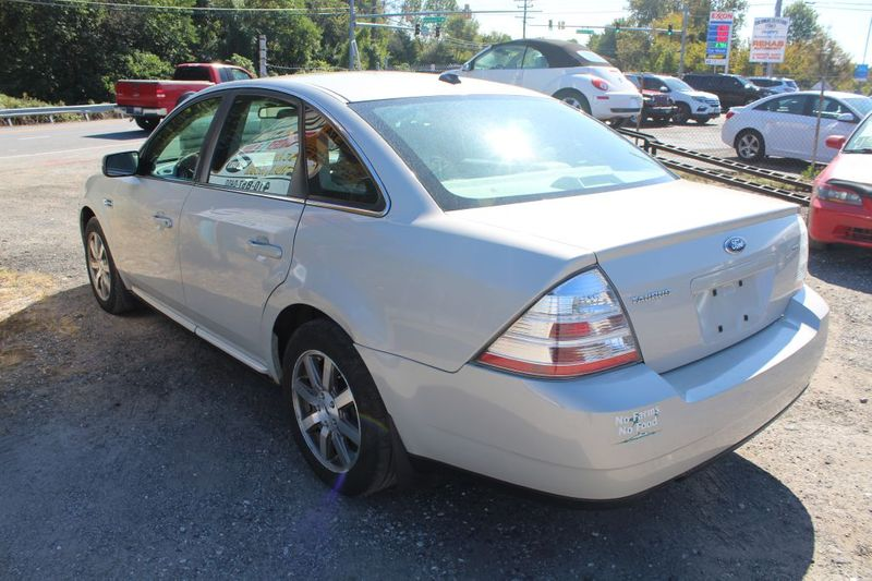 2008 Ford Taurus SEL  city MD  South County Public Auto Auction  in Harwood, MD