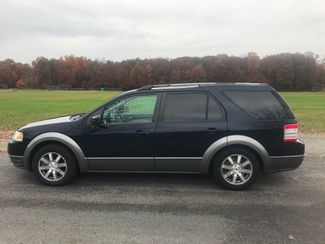 2008 Ford Taurus X SEL Ravenna, Ohio 1