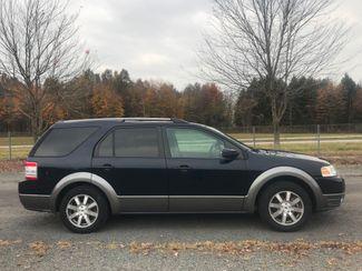 2008 Ford Taurus X SEL Ravenna, Ohio 4