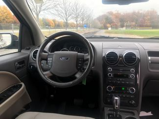 2008 Ford Taurus X SEL Ravenna, Ohio 9