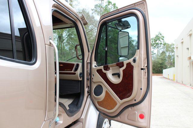 2008 Freightliner M2 106 SPORTCHASSIS RHA Luxury Diesel Ranch Hauler CONROE, TX 22