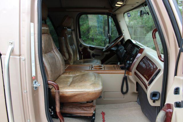 2008 Freightliner M2 106 SPORTCHASSIS RHA Luxury Diesel Ranch Hauler CONROE, TX 23