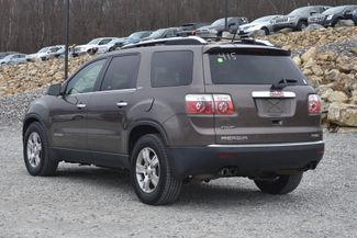 2008 GMC Acadia SLT Naugatuck, Connecticut 2