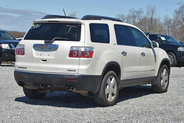 2008 GMC Acadia SLT Naugatuck, Connecticut 4