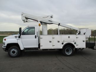 2008 GMC C5500 AUTO 88K BUCKET BOOM TRUCK Lake In The Hills, IL 1