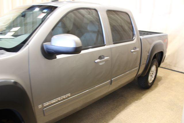 2008 GMC Sierra 1500 SLT in Roscoe, IL 61073