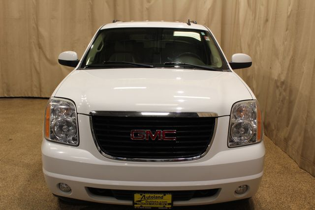 2008 GMC Yukon 4x4 SLT w/4SA in Roscoe IL, 61073