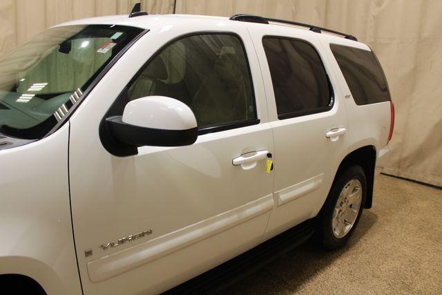 2008 GMC Yukon SLT w/4SA in Roscoe IL, 61073