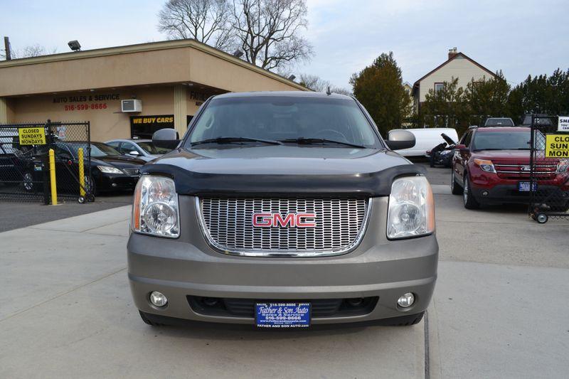 2008 GMC Yukon XL SLT w4SB  city New  Father  Son Auto Corp   in Lynbrook, New