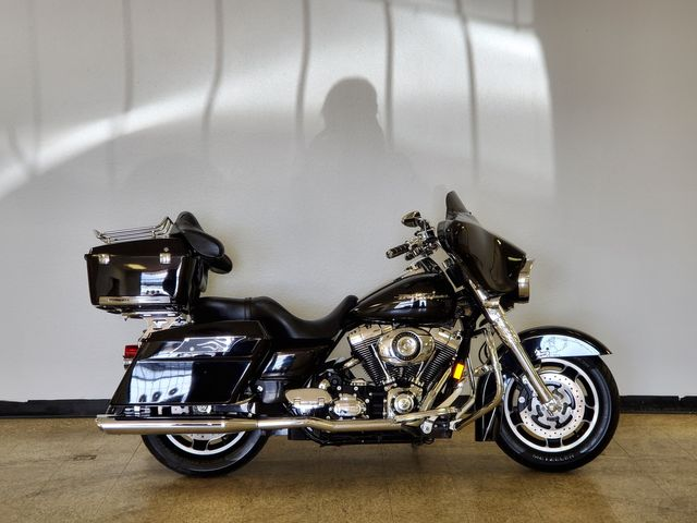 2008 Harley-Davidson Street Glide FLHX in Fort Worth , Texas 76111