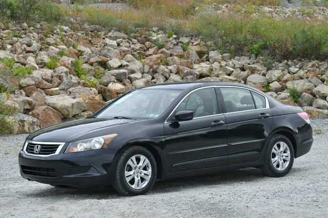2008 Honda Accord LX-P Naugatuck, Connecticut 2