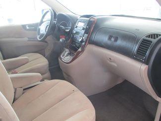 2008 Hyundai Entourage GLS Gardena, California 7