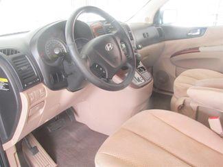 2008 Hyundai Entourage GLS Gardena, California 4