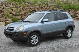 2008 Hyundai Tucson SE 4WD Naugatuck, Connecticut 2