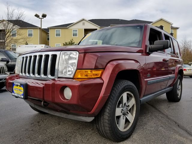 2008 Jeep Commander Sport | Champaign, Illinois | The Auto Mall of Champaign in Champaign Illinois