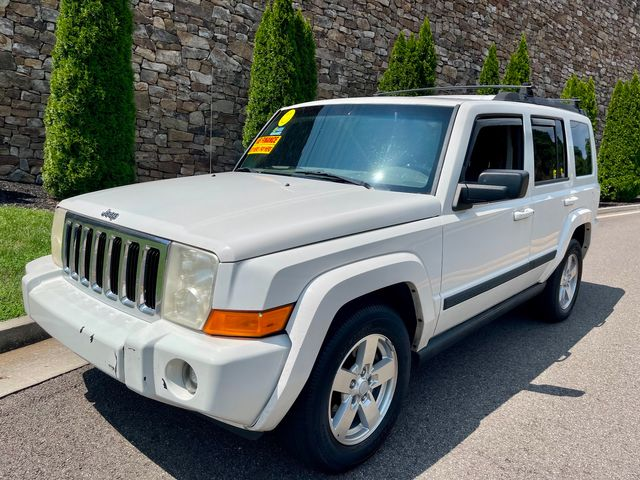 2008 Jeep-V8! 4x4! 3rd Row ! Commander-BUY HERE PAY HERE Sport