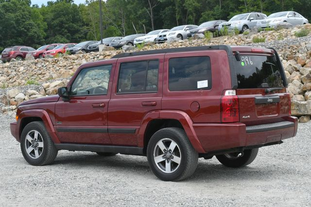 2008 Jeep Commander Sport Naugatuck, Connecticut 2