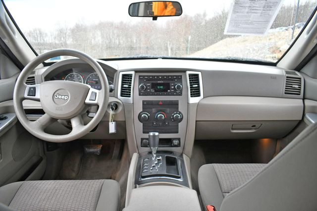 2008 Jeep Grand Cherokee Laredo 4WD Naugatuck, Connecticut 17
