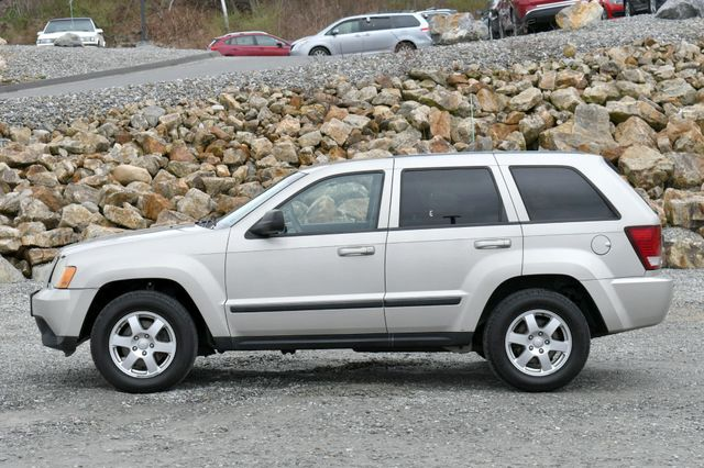 2008 Jeep Grand Cherokee Laredo 4WD Naugatuck, Connecticut 3