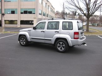 2008 Jeep Liberty Sport Conshohocken, Pennsylvania 3