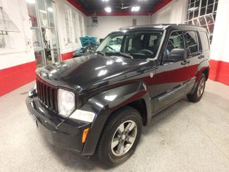 2008 Jeep Liberty Sport 4x4 sky-slider roof, serviced  and winter ready! Saint Louis Park, MN 9