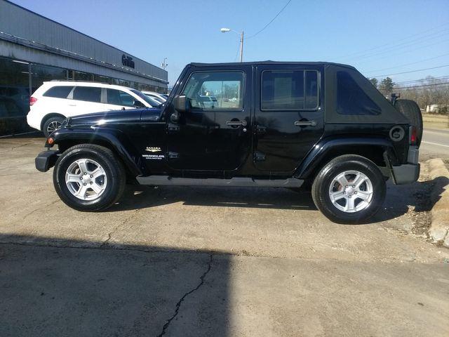 2008 Jeep Wrangler Unlimited Sahara Houston, Mississippi 3