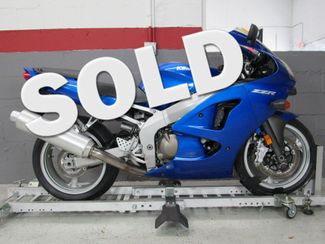 2008 Kawasaki ZZR 600 in Dania Beach , Florida 33004