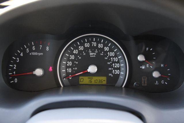 2008 Kia Sedona LX Santa Clarita, CA 18