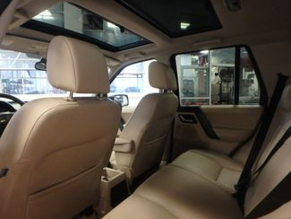 2008 Land Rover Lr2 Se AWD, VERY CLEAN, TIGHT AND SOLID! Saint Louis Park, MN 4