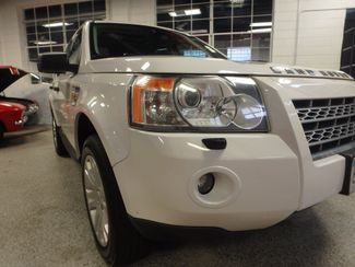 2008 Land Rover Lr2 Se AWD, VERY CLEAN, TIGHT AND SOLID! Saint Louis Park, MN 21