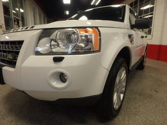 2008 Land Rover Lr2 Se AWD, VERY CLEAN, TIGHT AND SOLID! Saint Louis Park, MN 23
