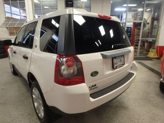 2008 Land Rover Lr2 Se AWD, VERY CLEAN, TIGHT AND SOLID! Saint Louis Park, MN 9