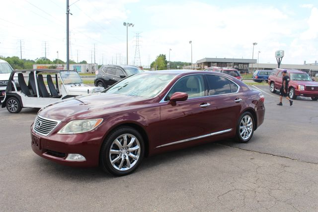 2008 Lexus LS 460 SUNROOF LEATHER SEATS NAVIGATION in Memphis, Tennessee 38115