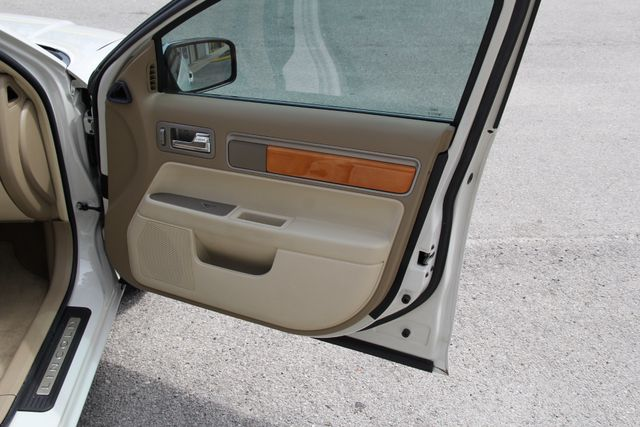 2008 Lincoln MKZ Jacksonville , FL 45