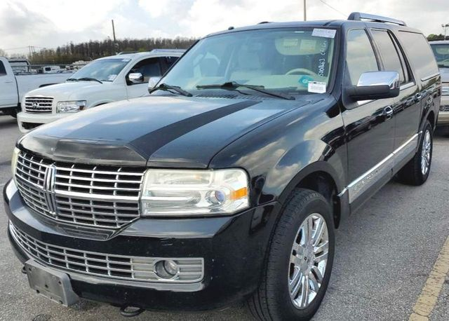 2008 Lincoln Navigator L in Knoxville, Tennessee 37920