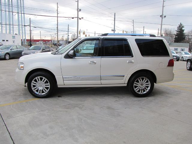 2008 Lincoln Navigator in Medina, OHIO 44256