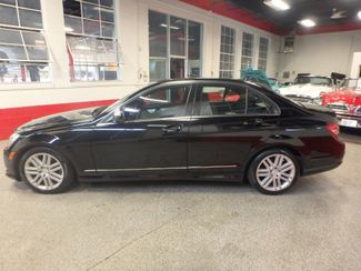 2008 Mercedes C300 4-Matic SHARP CAR! ONE OWNER ACCIDENT FREE. NICE! Saint Louis Park, MN 8