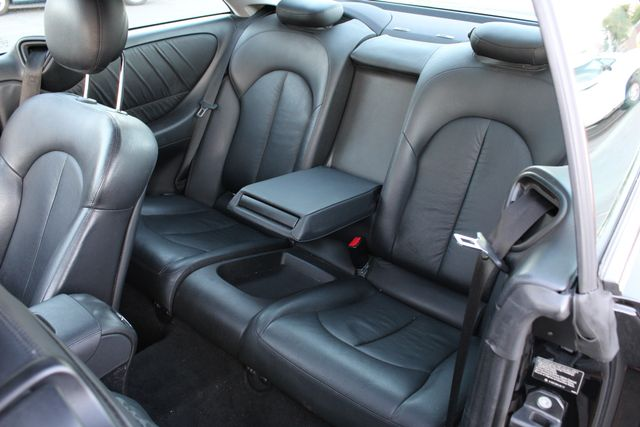 2008 Mercedes-Benz CLK350 3.5L NAVIGATION NEW BRAKES in Woodland Hills CA, 91367