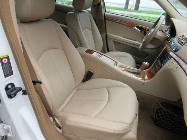 2008 Mercedes-Benz E350 Luxury 3.5L Austin , Texas 18