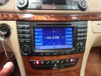2008 Mercedes E350 4-Matic SHARP AND SMOOTH LUXURY BENZ Saint Louis Park, MN 12