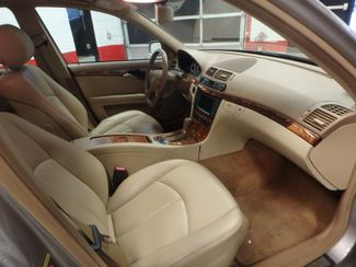 2008 Mercedes E350 4-Matic SHARP AND SMOOTH LUXURY BENZ Saint Louis Park, MN 4