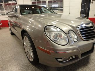 2008 Mercedes E350 4-Matic SHARP AND SMOOTH LUXURY BENZ Saint Louis Park, MN 14