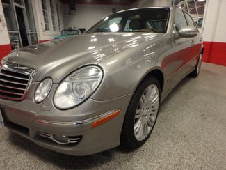 2008 Mercedes E350 4-Matic SHARP AND SMOOTH LUXURY BENZ Saint Louis Park, MN 16