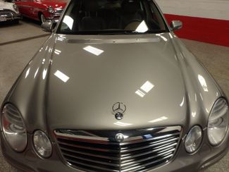 2008 Mercedes E350 4-Matic SHARP AND SMOOTH LUXURY BENZ Saint Louis Park, MN 23