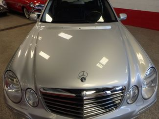 2008 Mercedes-E350 4-Matic LUXURY, SAFETY,  PERFORMANCE! NEW TIRES. Saint Louis Park, MN 13