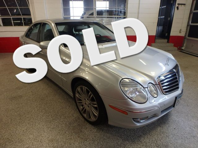 2008 Mercedes-E350 4-Matic LUXURY, SAFETY,  PERFORMANCE! Saint Louis Park, MN