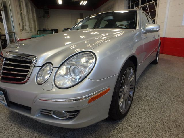 2008 Mercedes-E350 4-Matic LUXURY, SAFETY,  PERFORMANCE! Saint Louis Park, MN 16